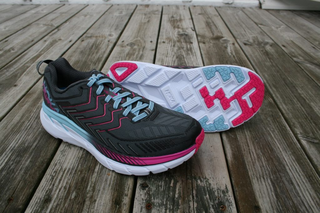 Hoka One One Clifton 4 dam